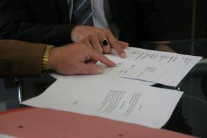 Wann benötigt man keinen Ehevertrag? In einigen Fällen ist ein Ehevertrag nicht zwingend notwendig.