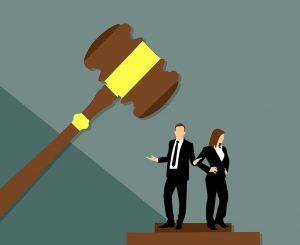 Eine Ehe kann neben der Scheidung auch durch eine Annullierung aufgehoben werden.