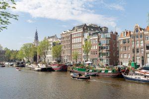 Amsterdam in den Niederlanden. Eine Blitzscheidung ist in den Niederlanden möglich.