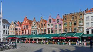 Was man über die Scheidung in Belgien wissen sollte. Hier der große Markt in Brügge.